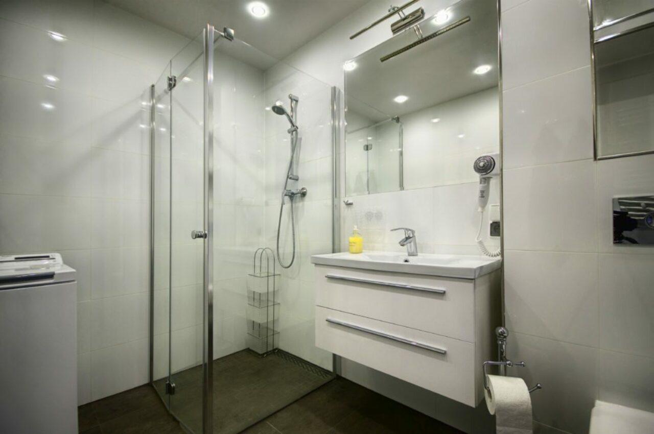 Lägenhet 1 - Badrum